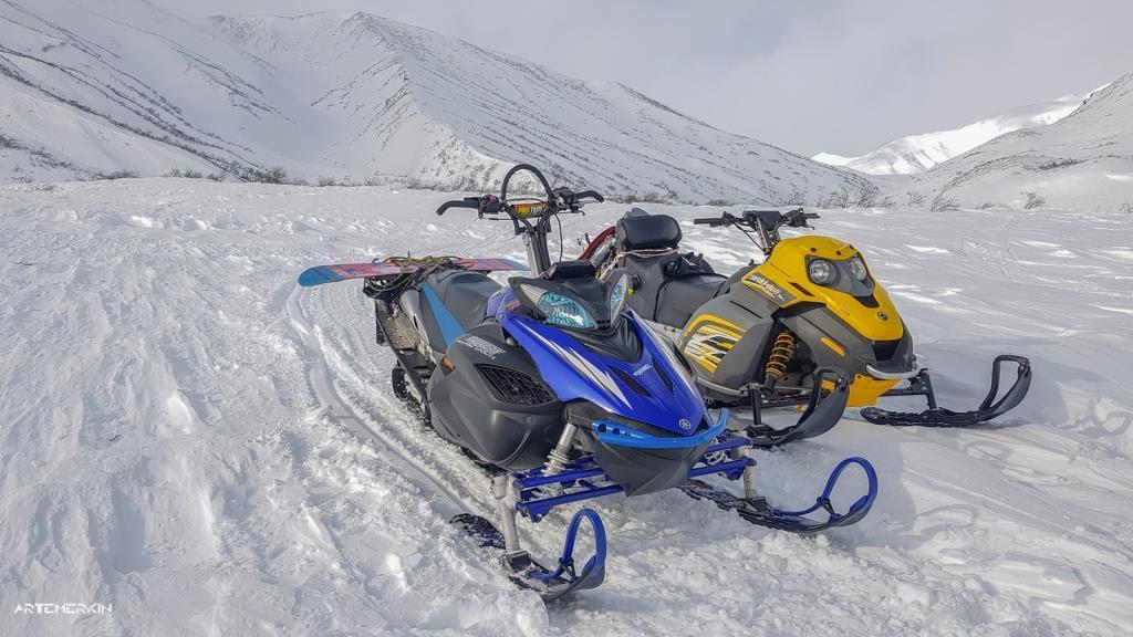 Катание на снегоходе на Камчатке