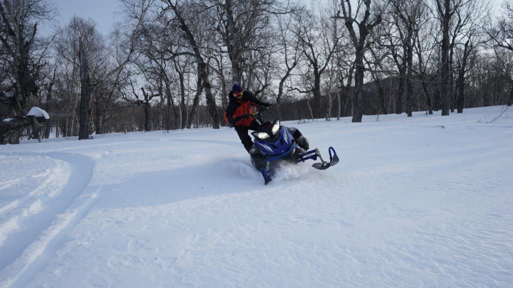 Самостоятельное управление снегоходом