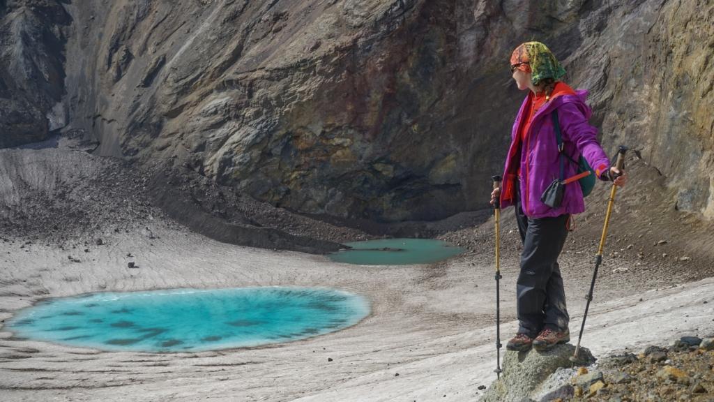 озеро в кратере вулкана Мутновский
